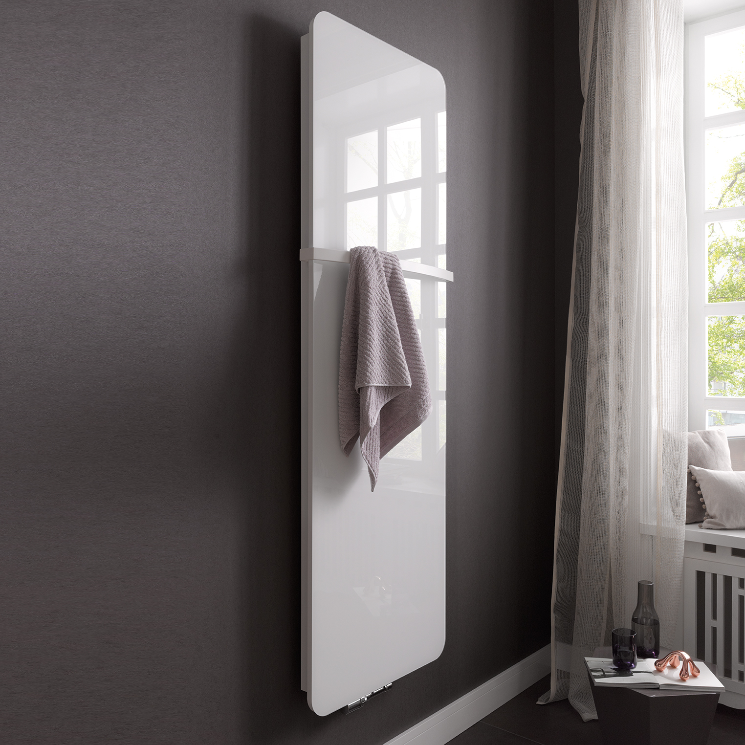 design heizk rper f r das exklusive bad. Black Bedroom Furniture Sets. Home Design Ideas